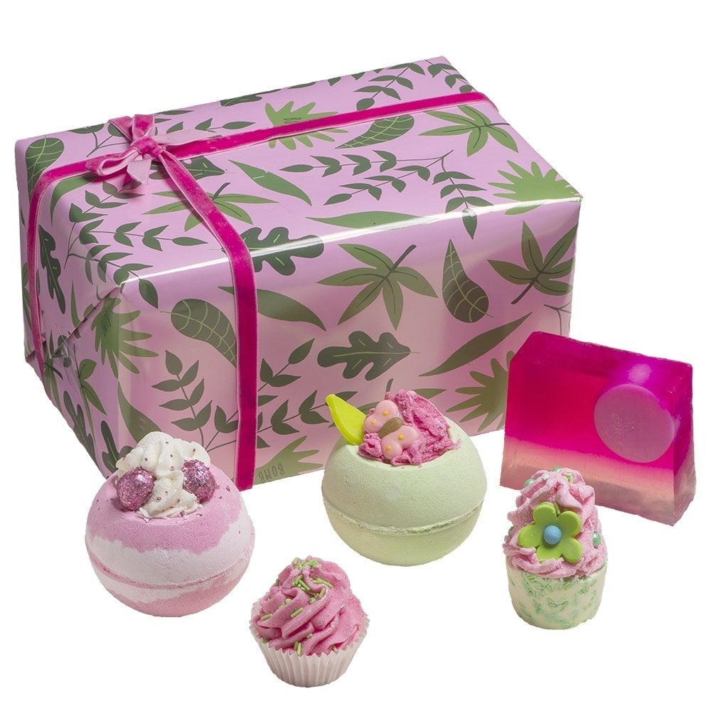 Bomb cosmetics palm springs gift pack bath body from justmylook uk bomb cosmetics palm springs gift pack negle Image collections