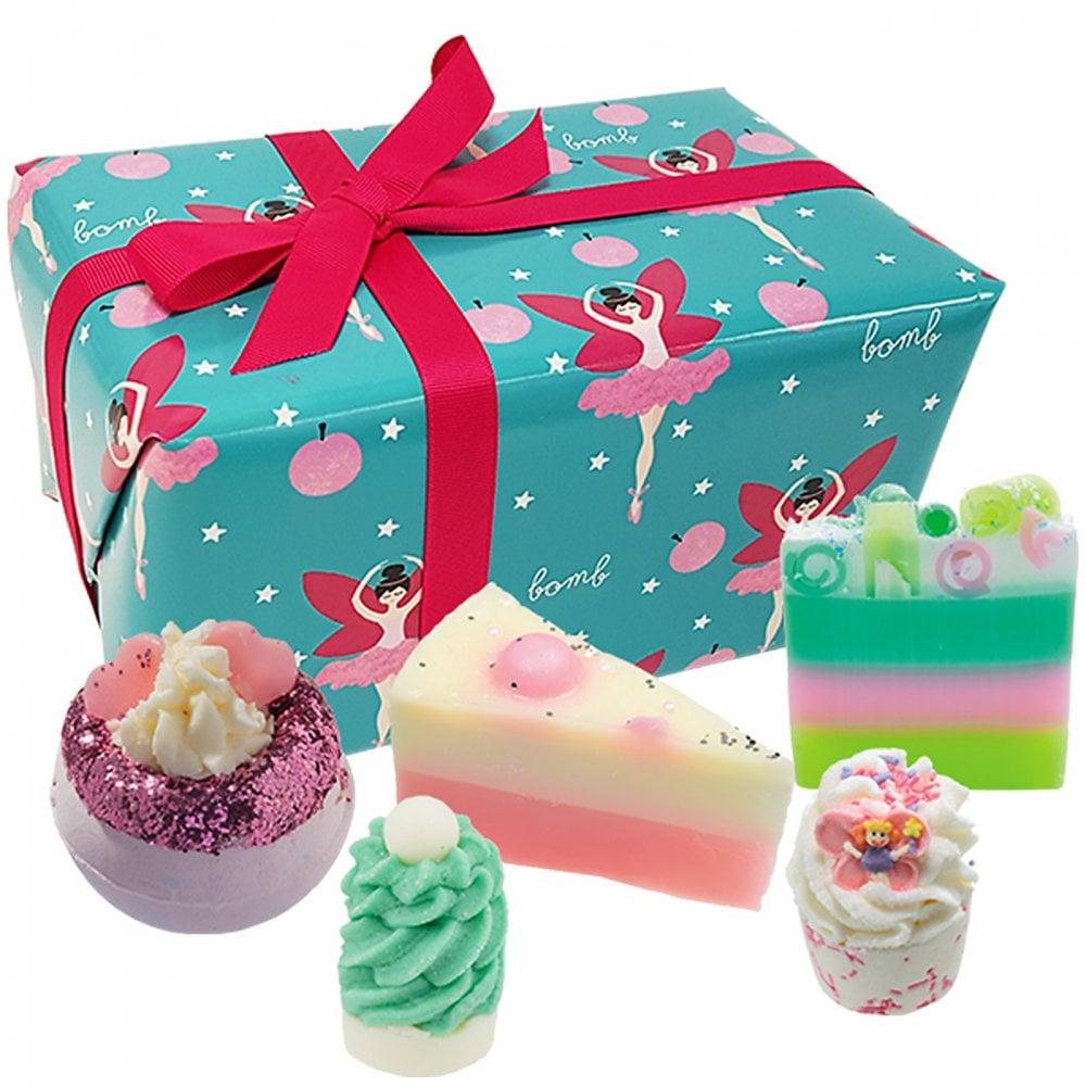Bomb Cosmetics Sugar Plum Fairy Gift Pack Bath Body Free